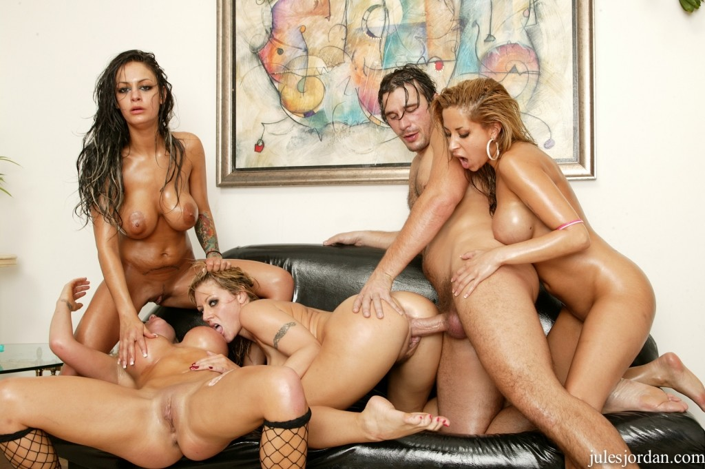 girls who love to fuck