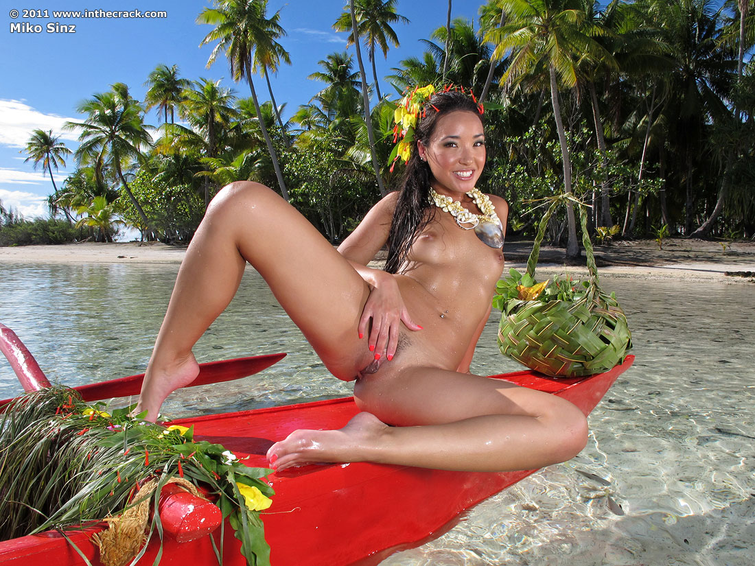 Thick naked hawaiian girls
