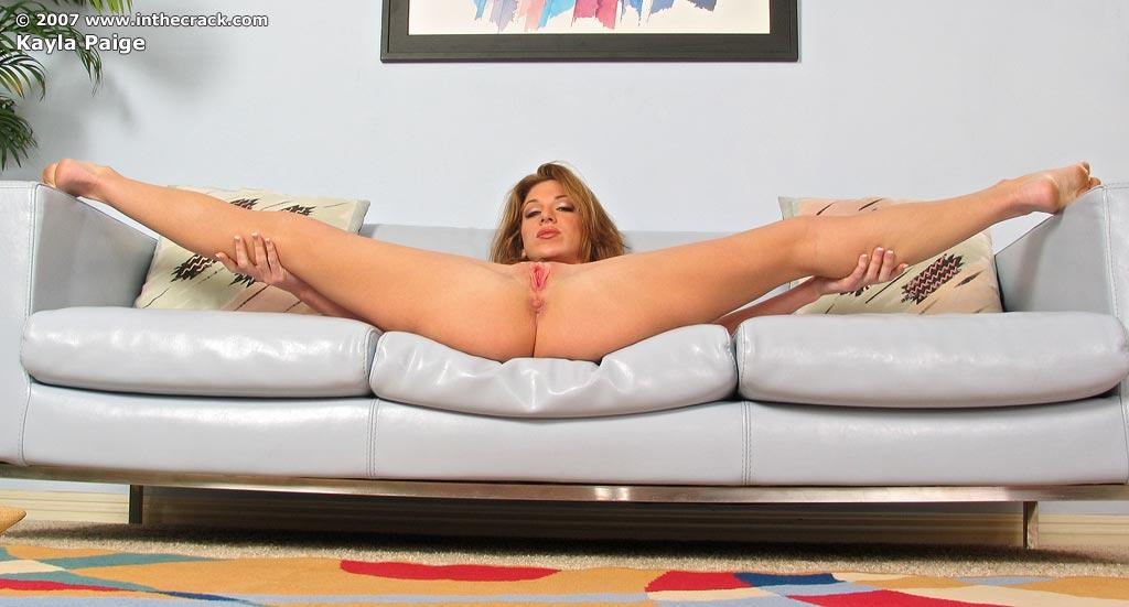 Телки трутски вагинами - фото сблизи