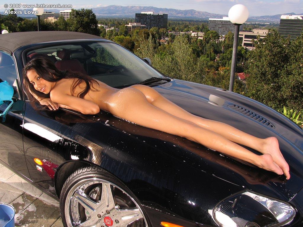 машины и девушки фото голые