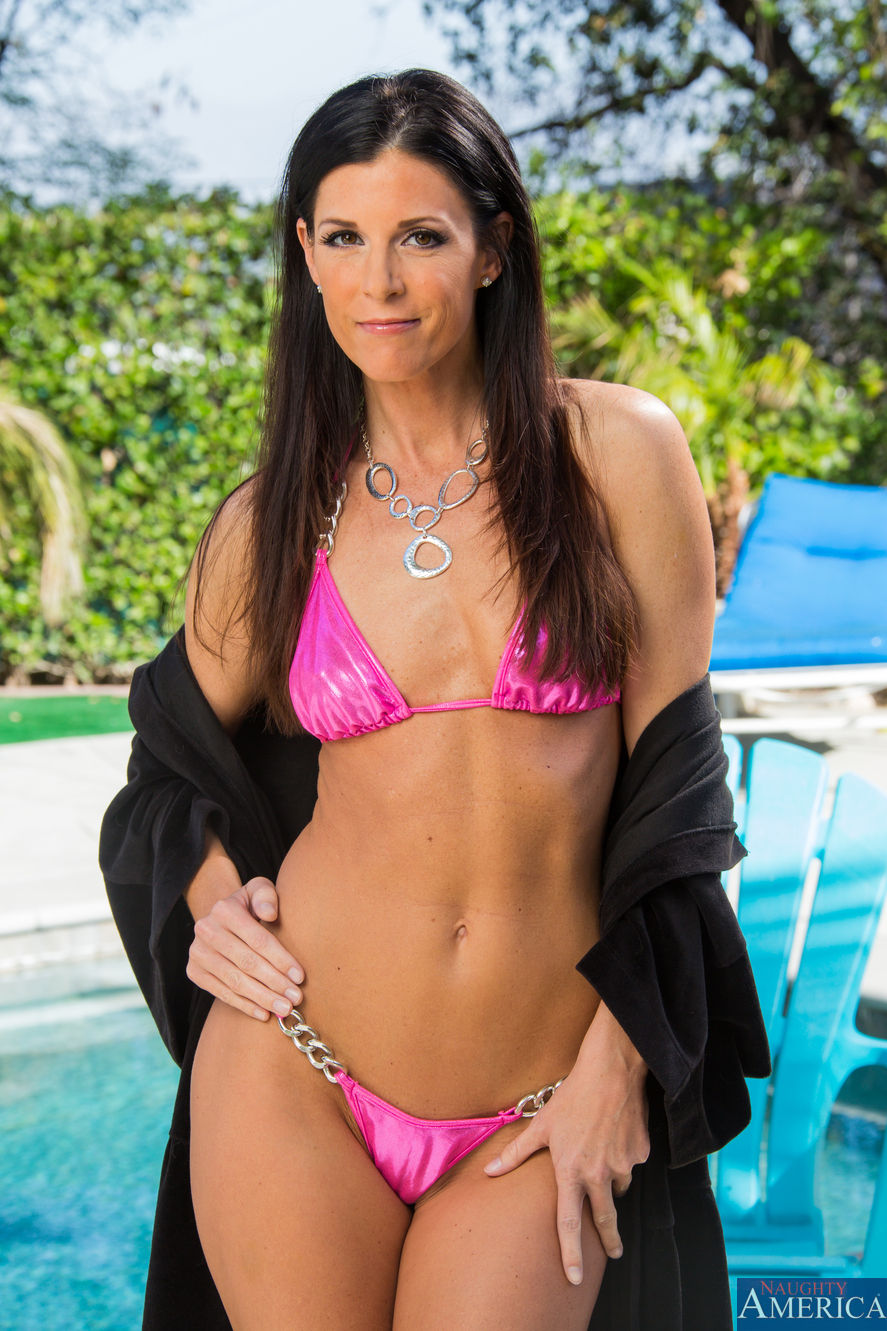 India Summer - My Friends Hot Mom 32674-8013
