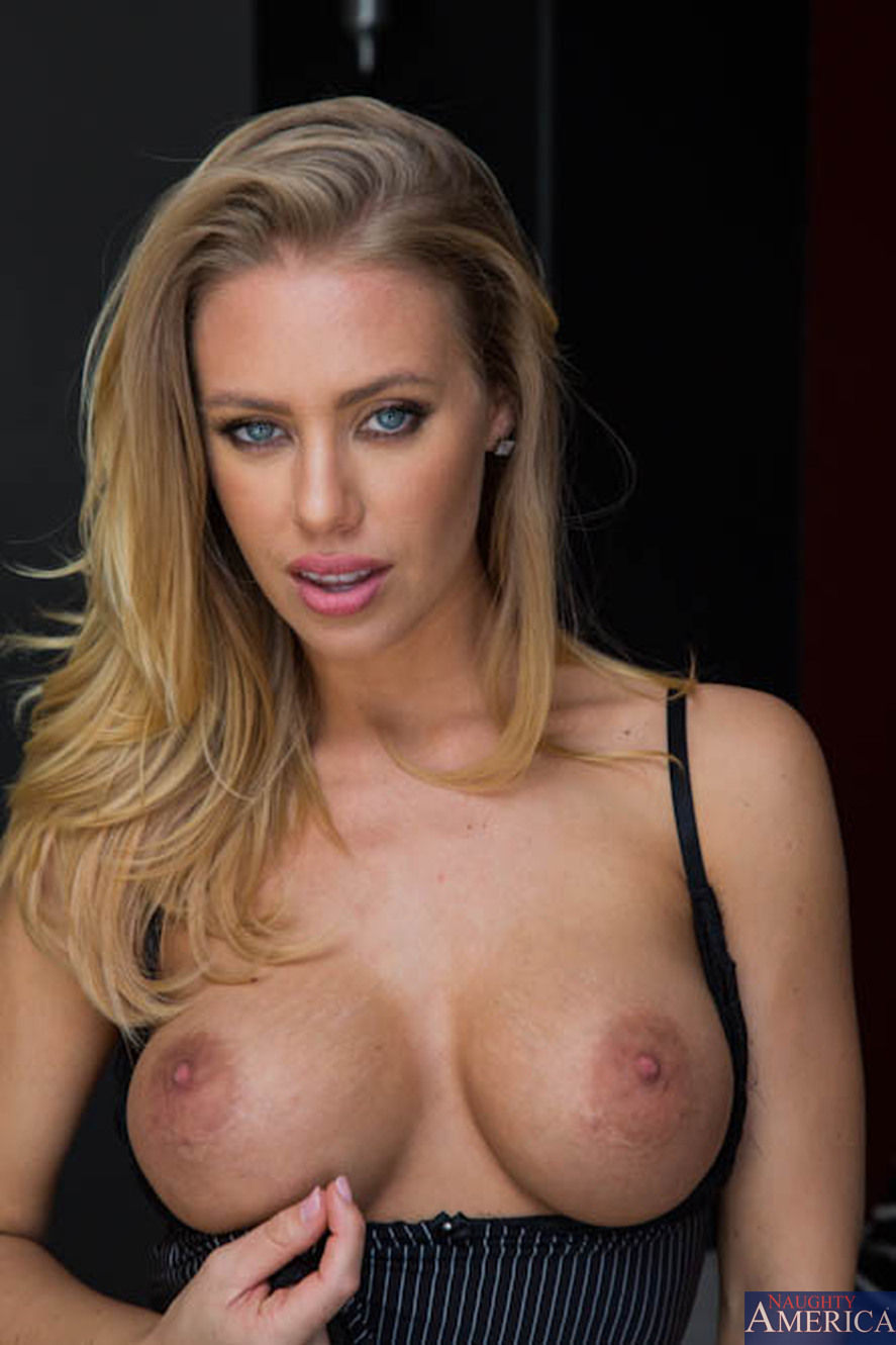 Nicole Aniston Dirty Wives Club