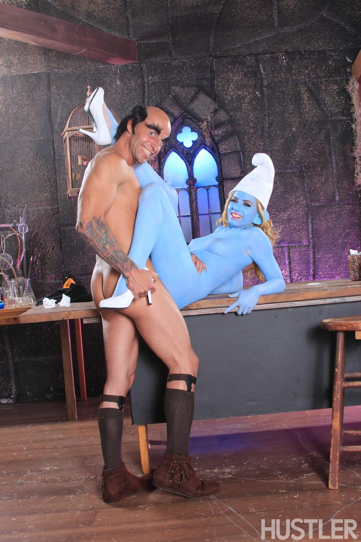Smurf cosplay porn — photo 13