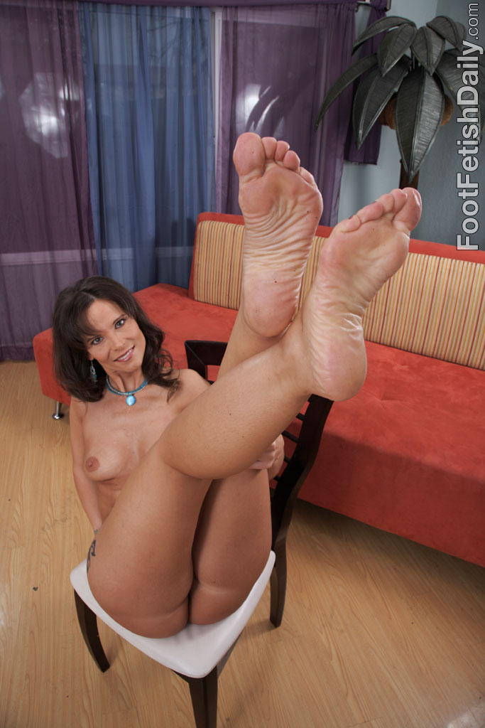 geting to know foot fetish № 63802