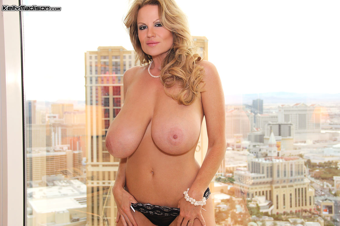 Big tits milf ashley evans - 2 part 4