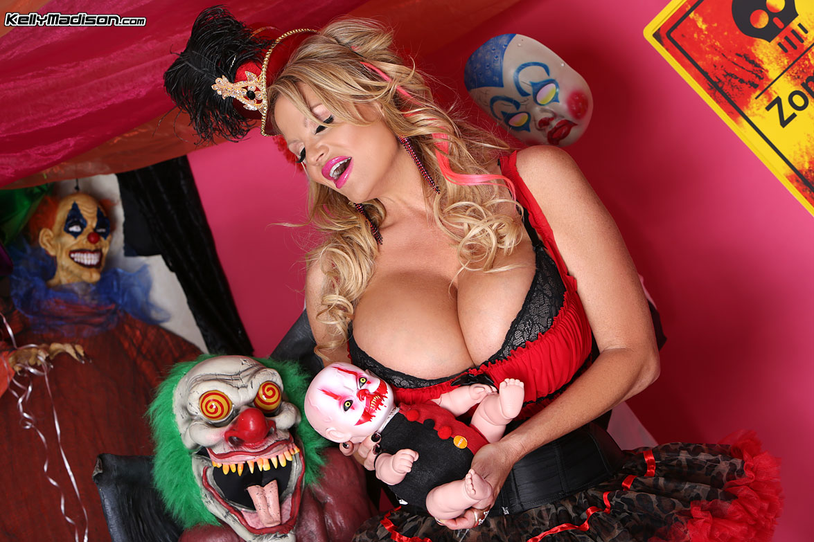 Halloween models fuck video 7