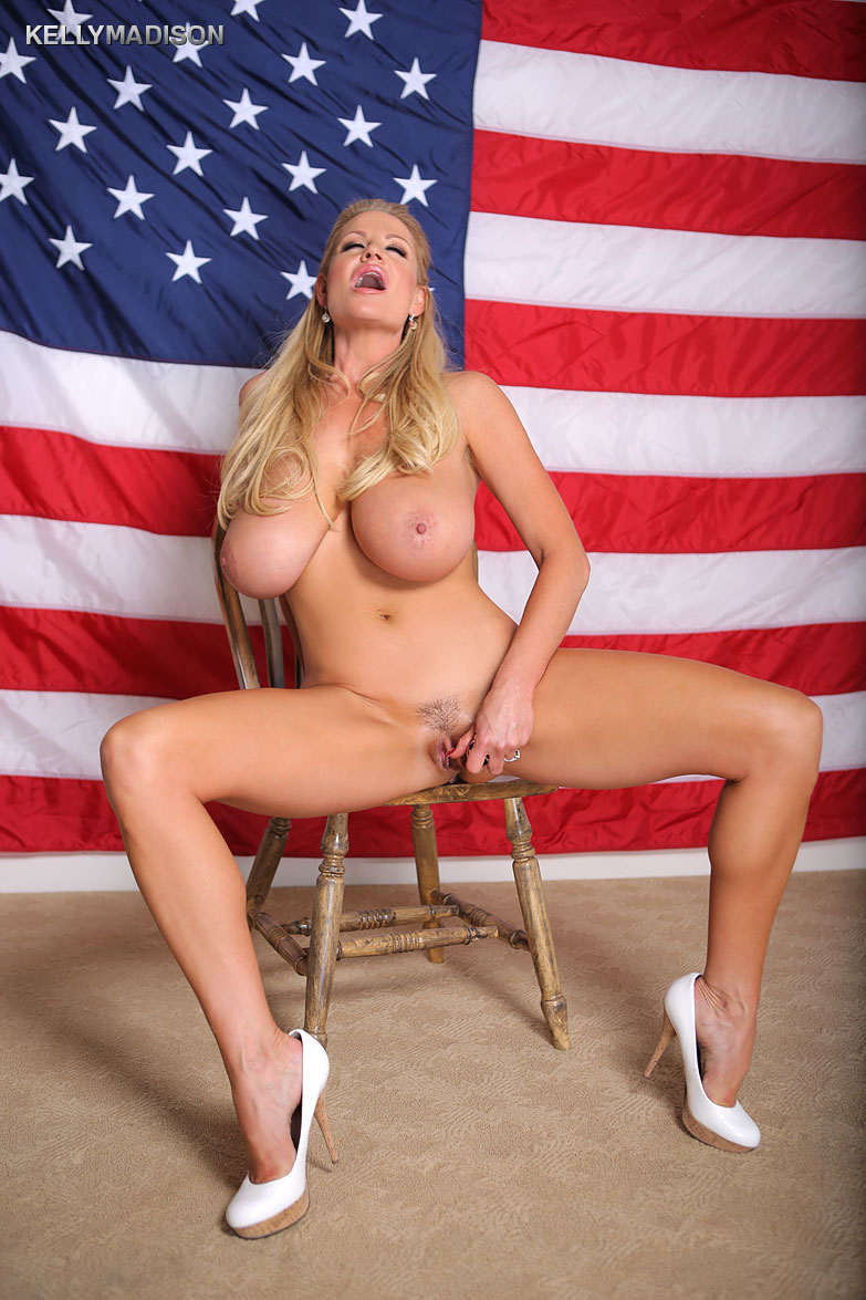 nudes-porno-pictures-american-flag-paige