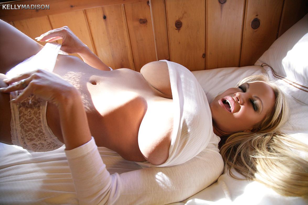 порноактриса kelly white