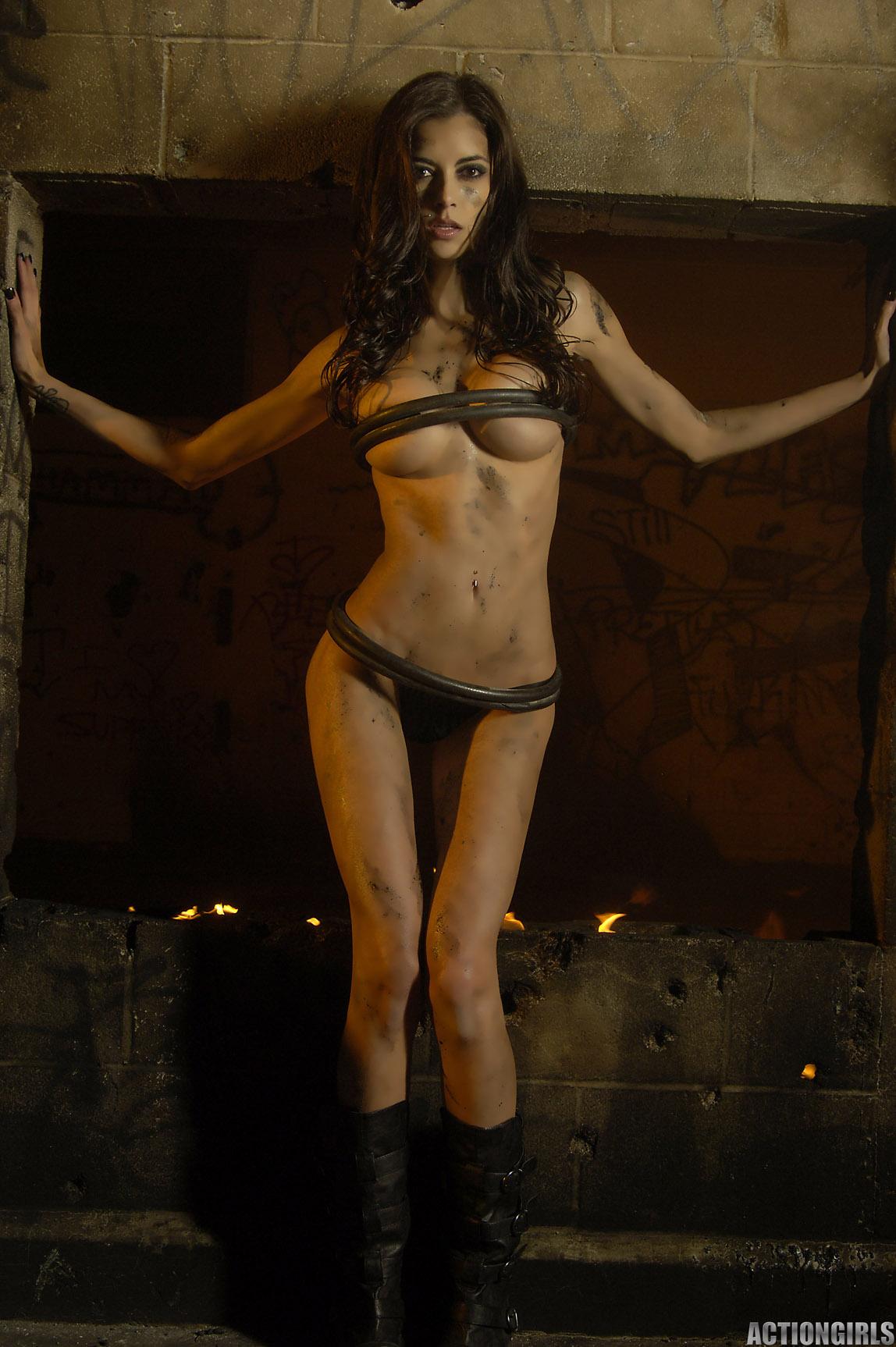 LeeAnna Vamp  nackt