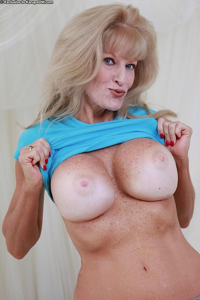 Blonde mom big ass