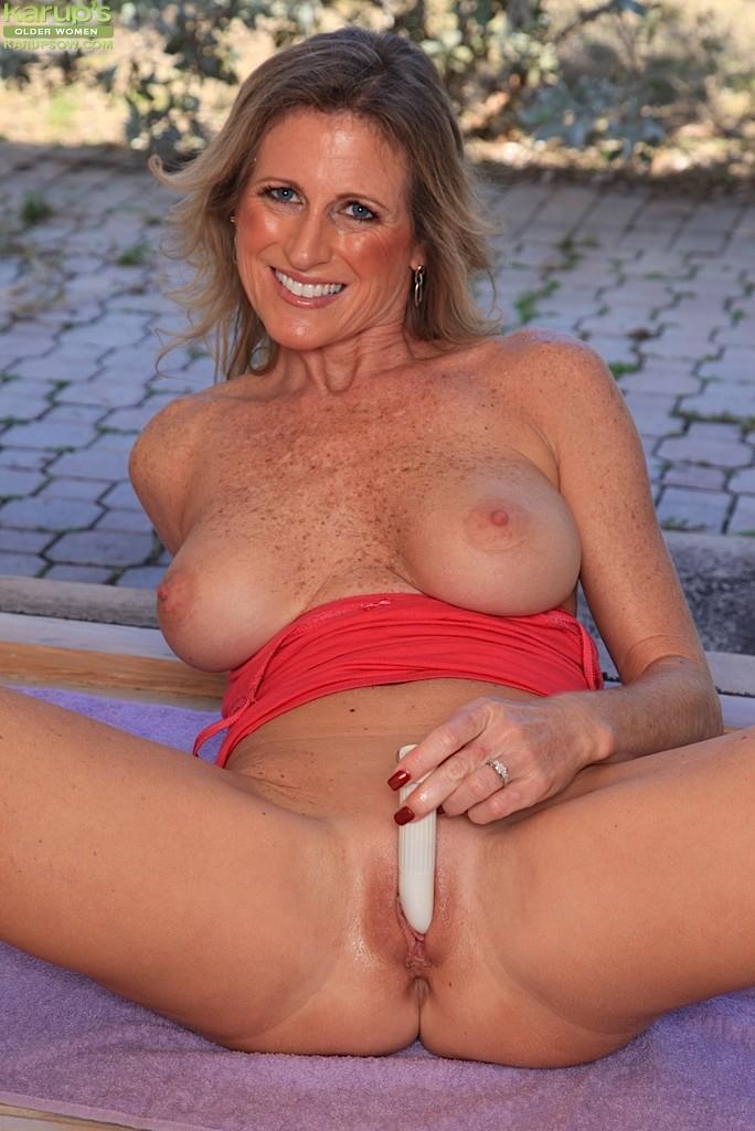 Jade Jamison - Karups Older Women 37211-8277