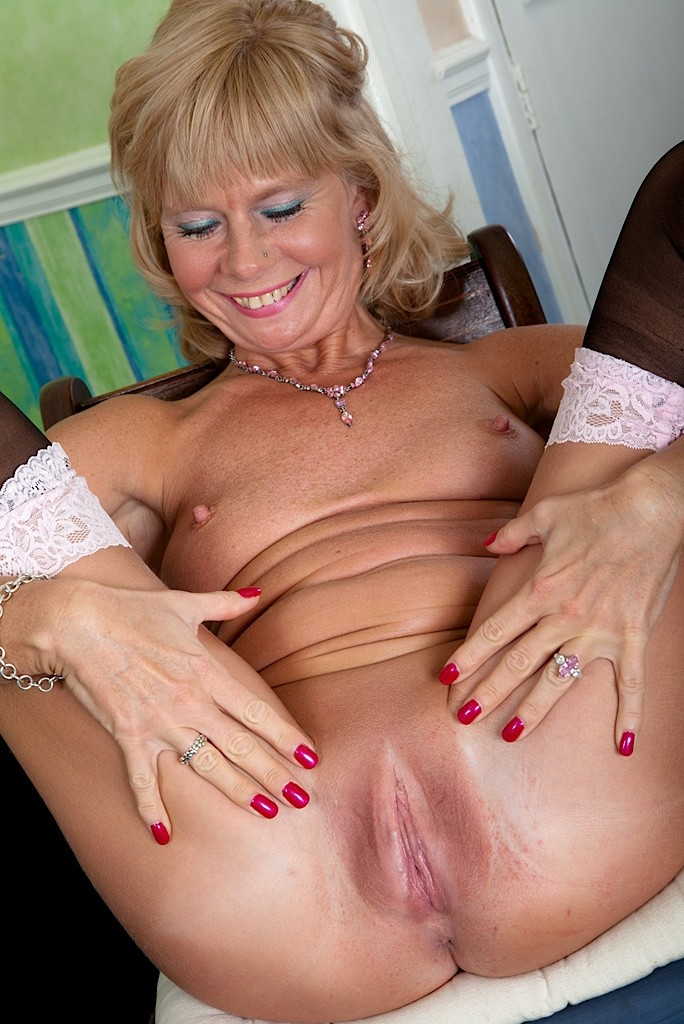 image Karups busty cougar cathy heaven fucks her hot neighbor