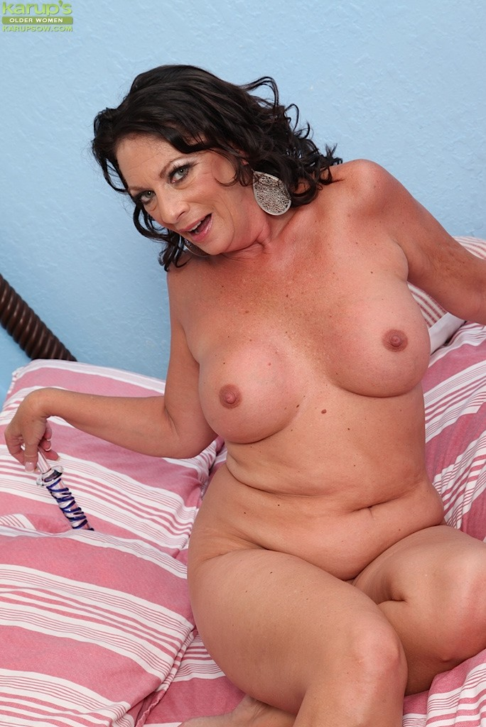 Alexis crystal is happy for big dicks and cum germangoogirls 7