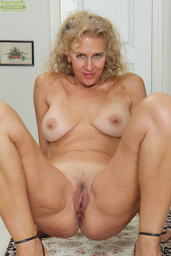 Blonde big tits mature milf in stockings fucks hard 3