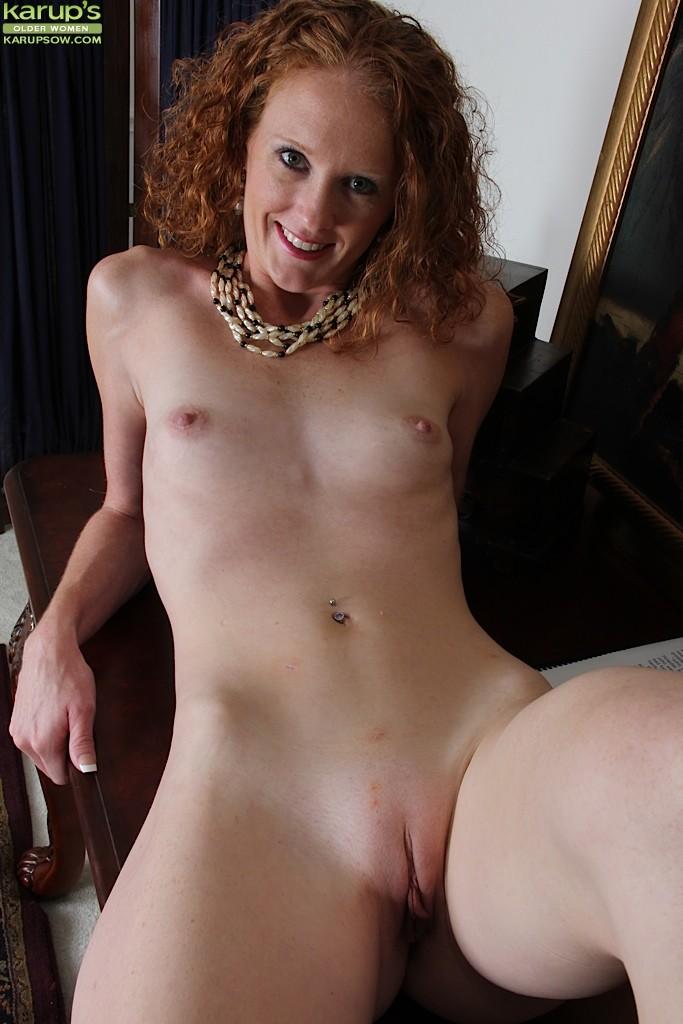 hot indonesia girl naked