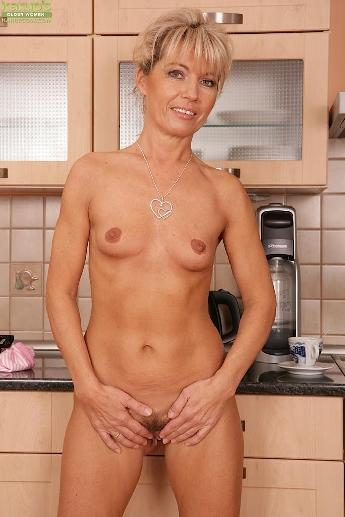 flat chested mature granny pics