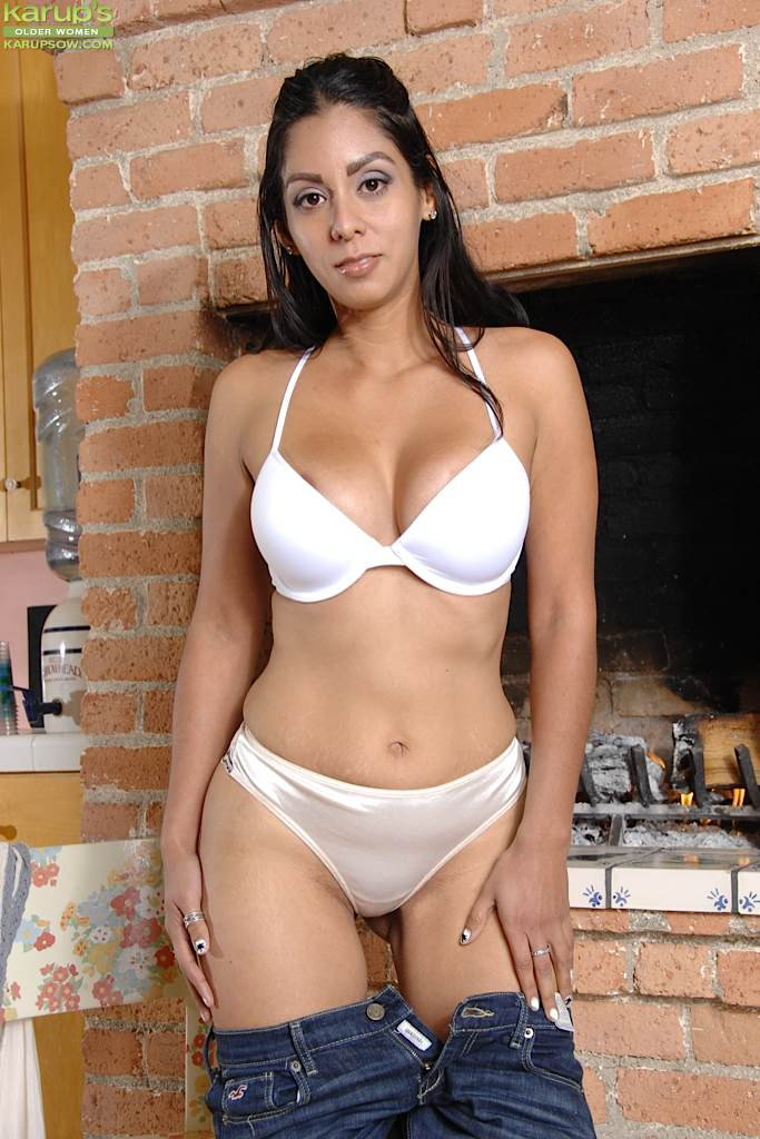 hot spanish milf