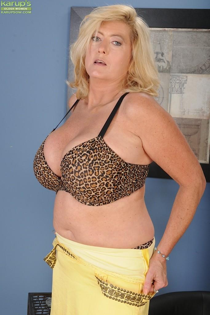 Tahnee Taylor - Karups Older Women 37639-3599