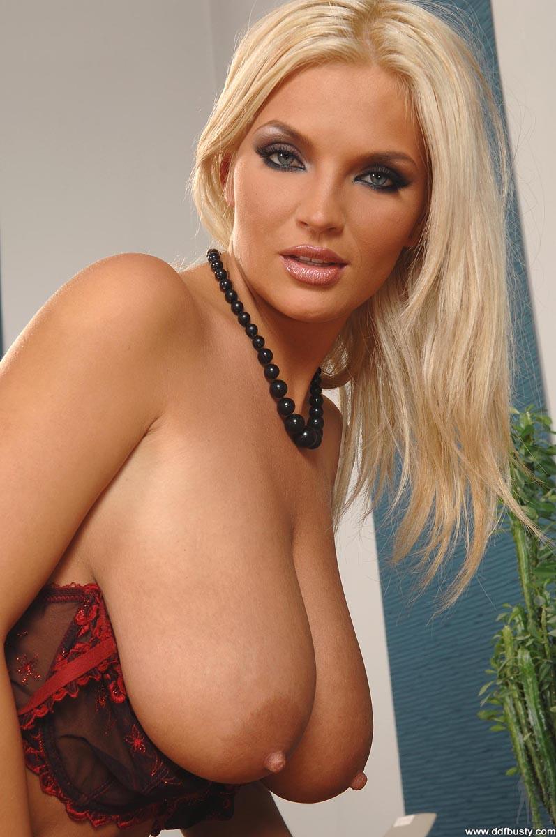 Ines Cudna - Ddf Busty 39413-3189