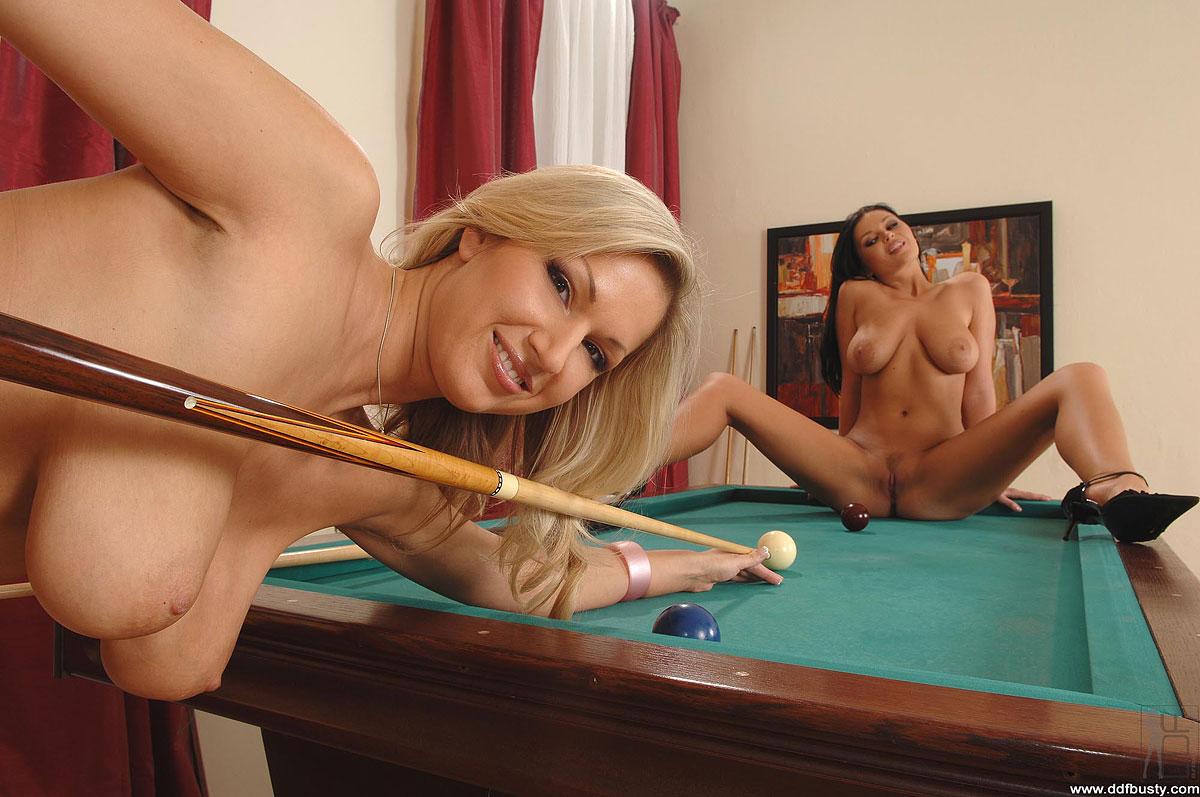 porno-na-billiarde-onlayn