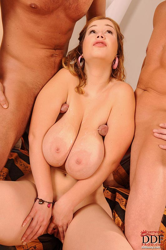 Big booty xxx shemales