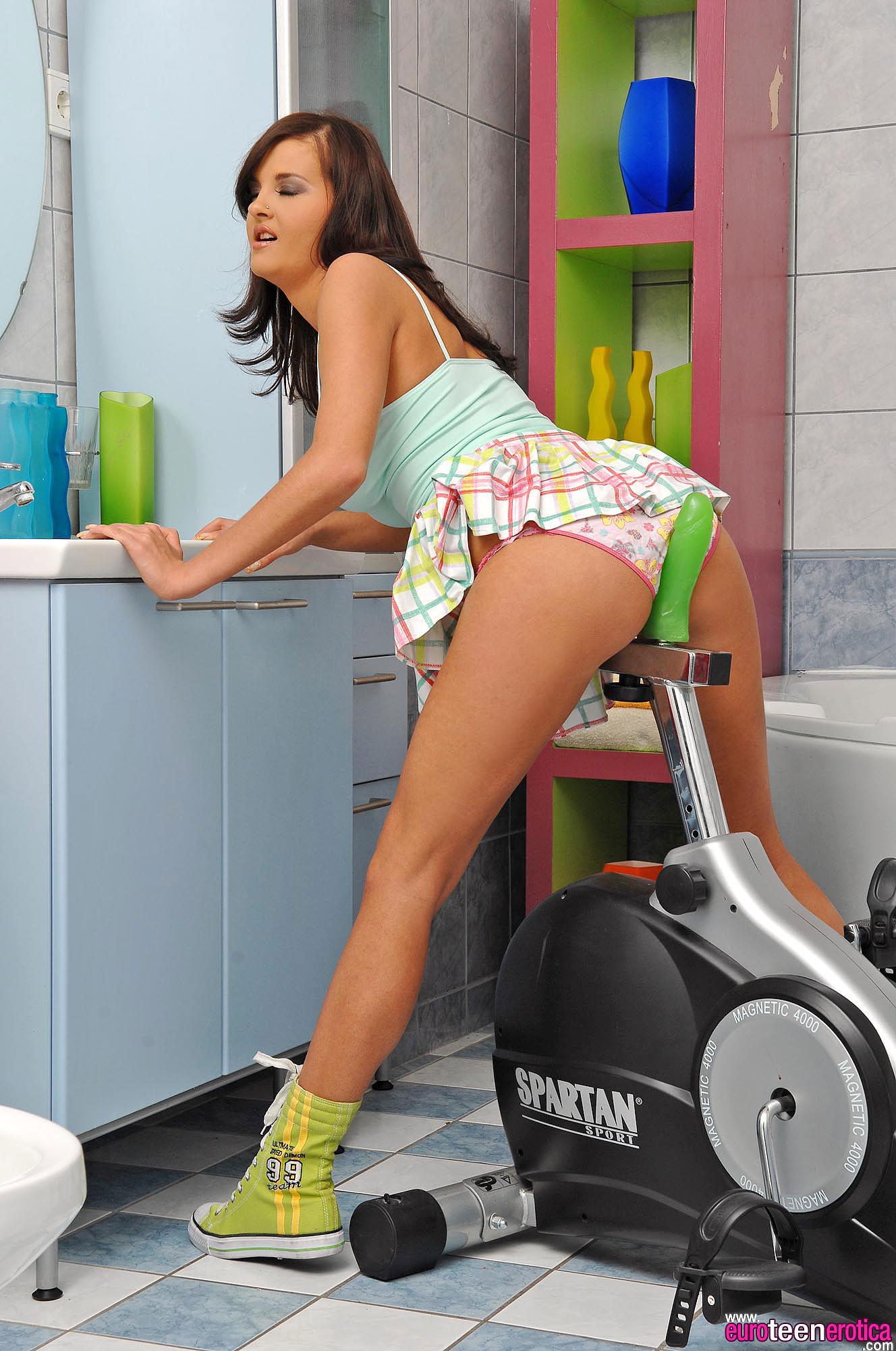Candy Alexa - Euro Teen Erotica 40371-9442