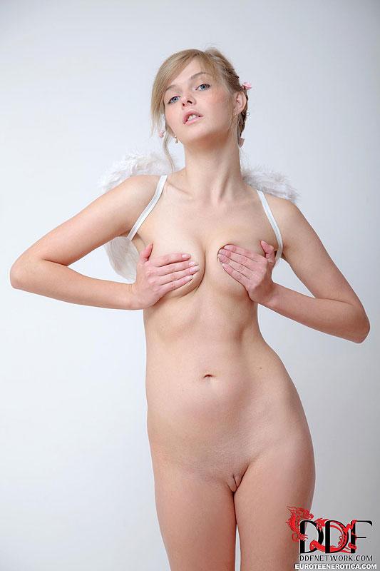 Audrey - Euro Teen Erotica 40461-9436