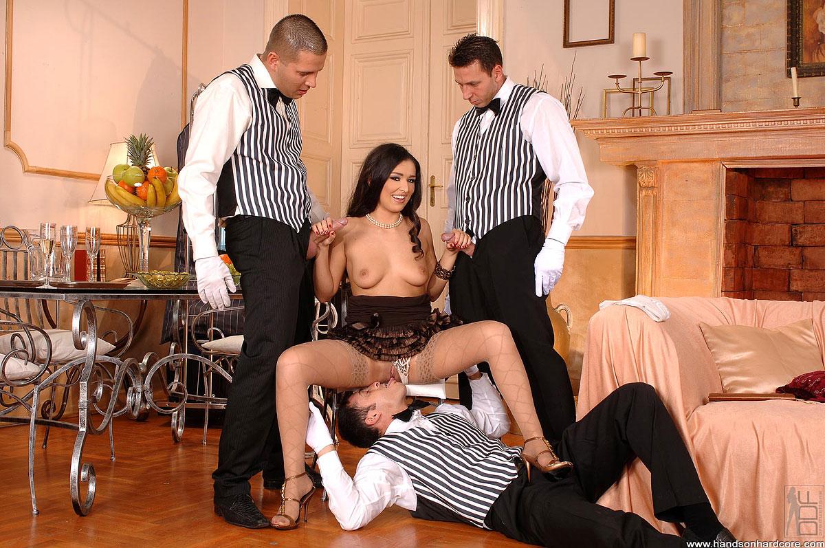 Утешение для вдовы порно, порно красотка извиняется перед парнем