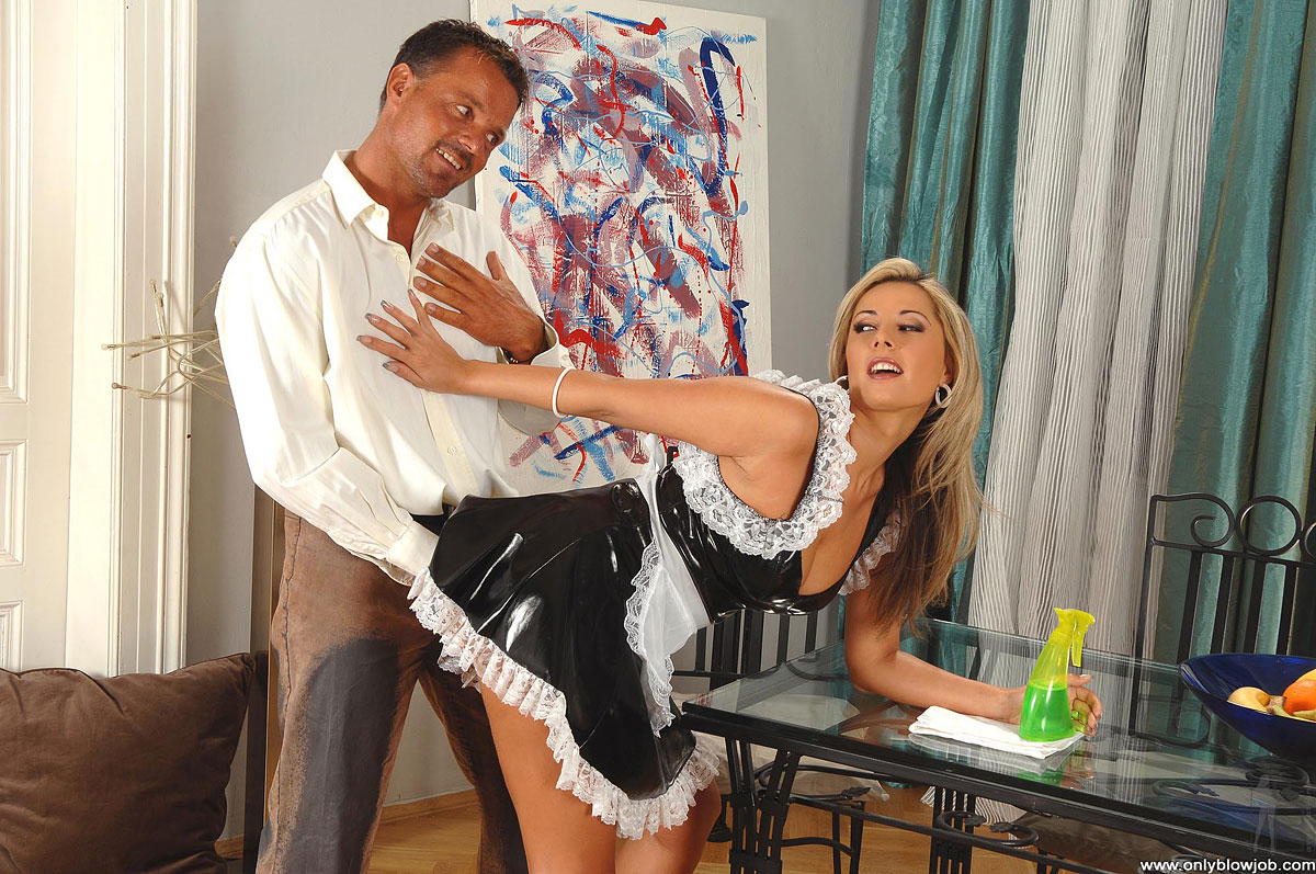 домработница соблазняет своего хозяина