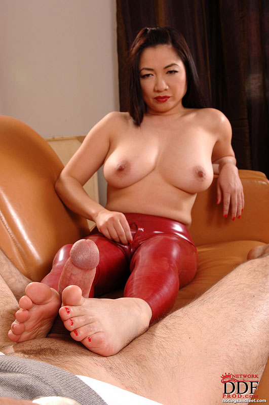 girls-that-asian-fetish-videos-mouth-taped-vicky