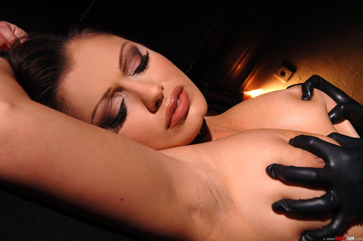 Aria giovanni on stagg street blue blood counterculture erotica news