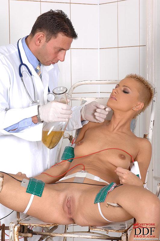 Порно докторов картинки