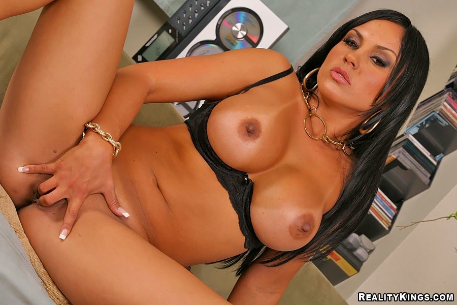Mature ametuers with big tits