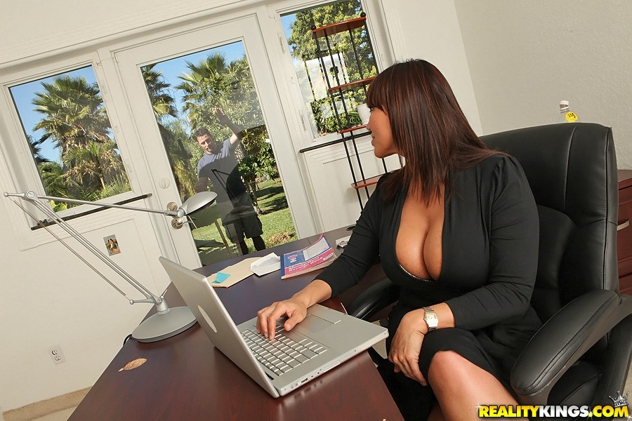 Ava Devine Big Tit Boss