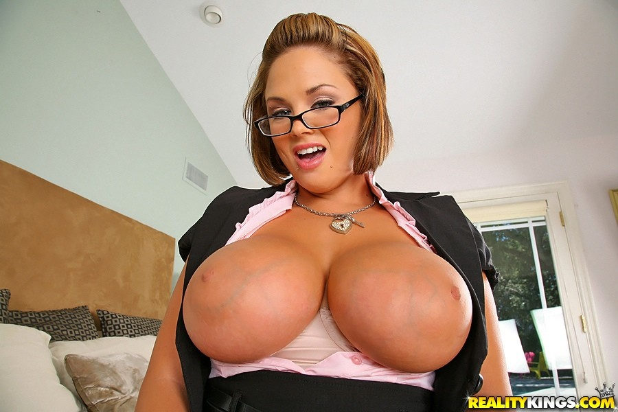 Katie kox working a double