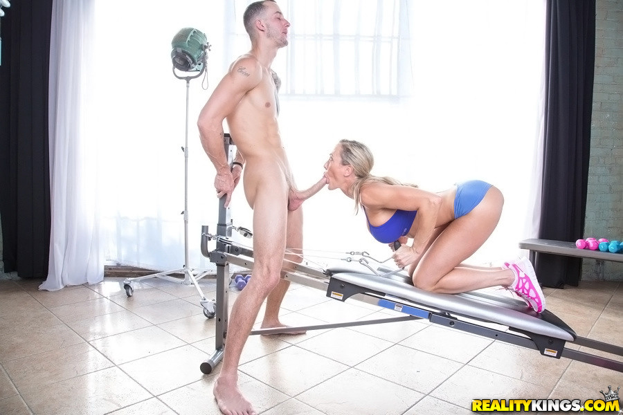 Teen sex sucking eating pictures