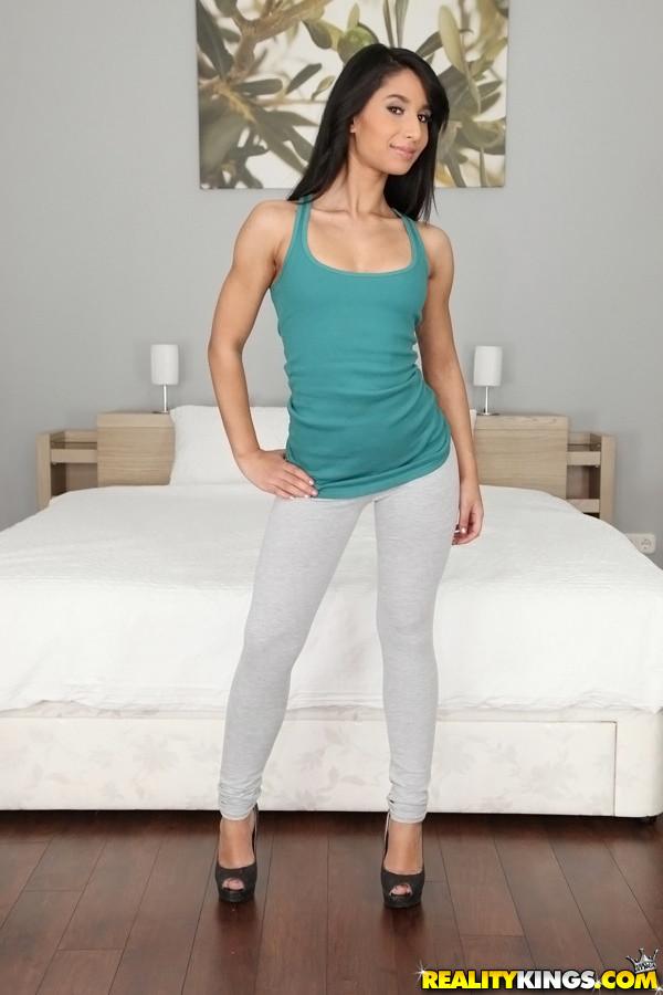 Ria Rodrigez - Sexy Ria - Mikes Apartment 47719