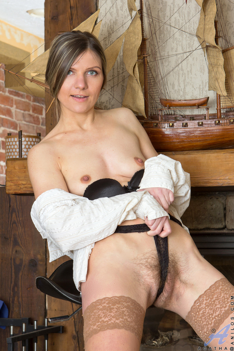 www mature hairy pussy