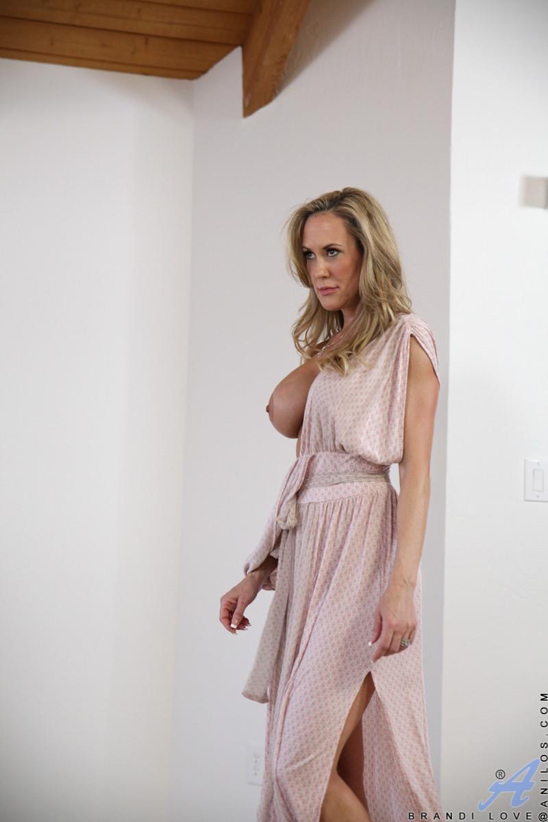 Big sex escort in sterling heights naughty