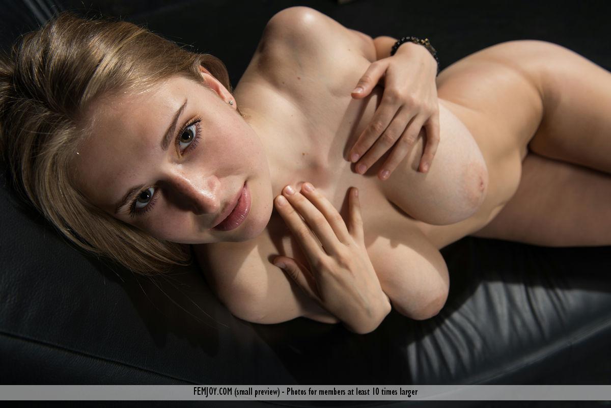 erotic-free-galleries-wrinkly-amateur-cum-nude