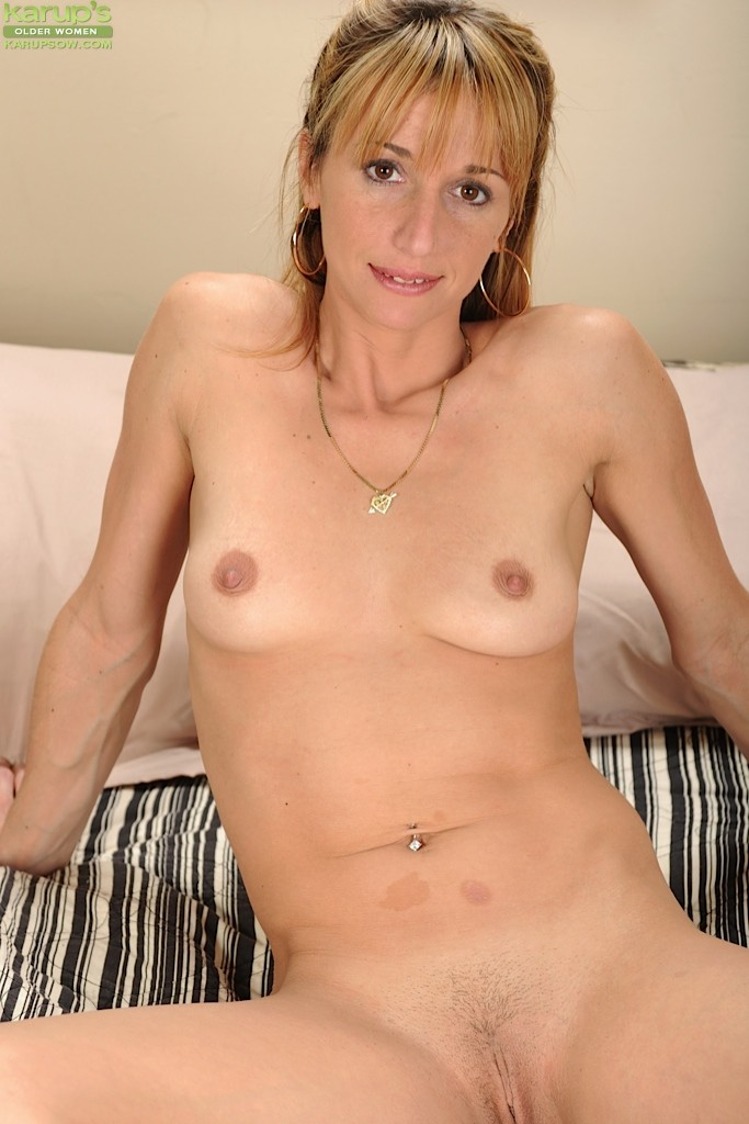 Blonde milf ryan conner takes massive cock in her asshole 10