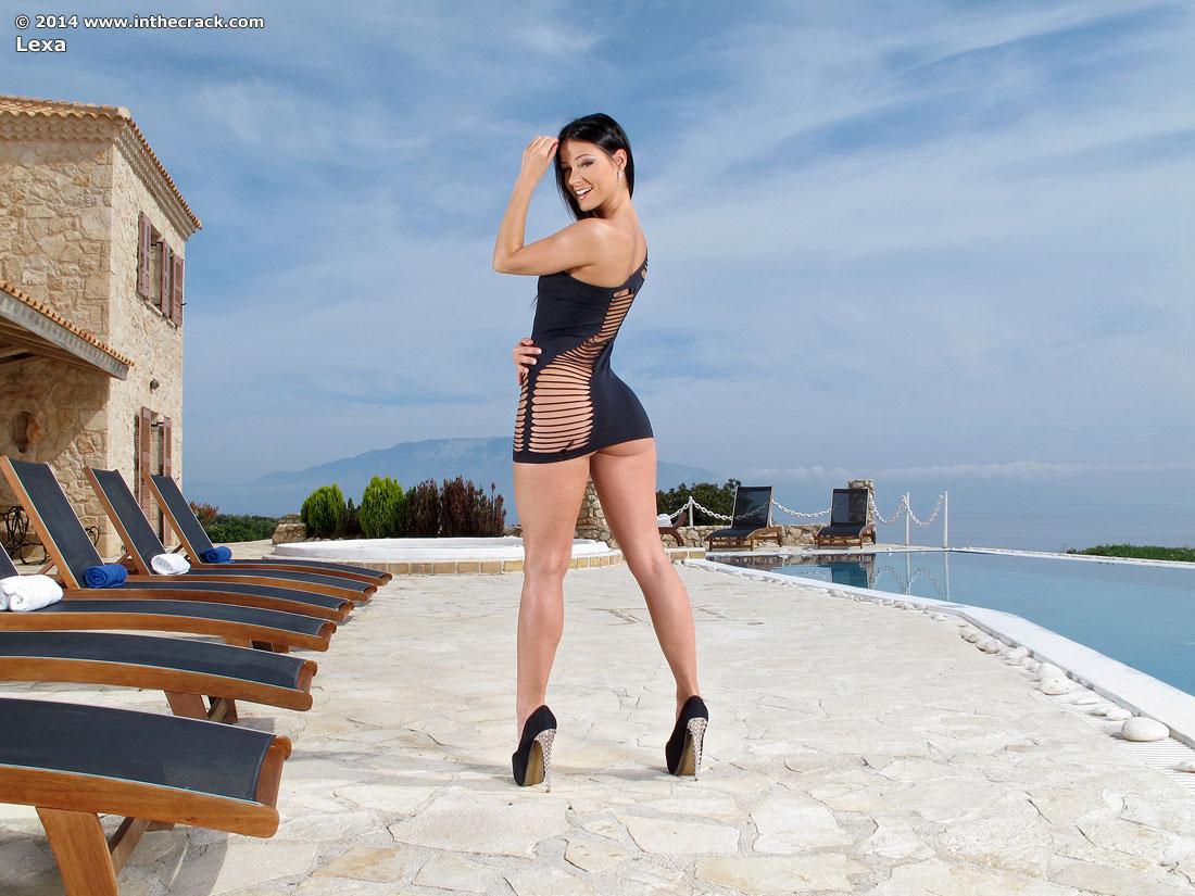 Melissa mendiny lexa inthecrack 487 sexy ass tease