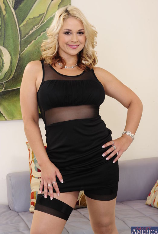 Sarah Vandella - I Have a Wife