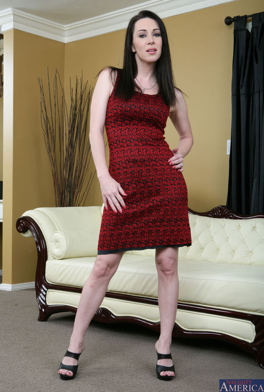 Mrs. Rayveness - My Friend's Hot Mom