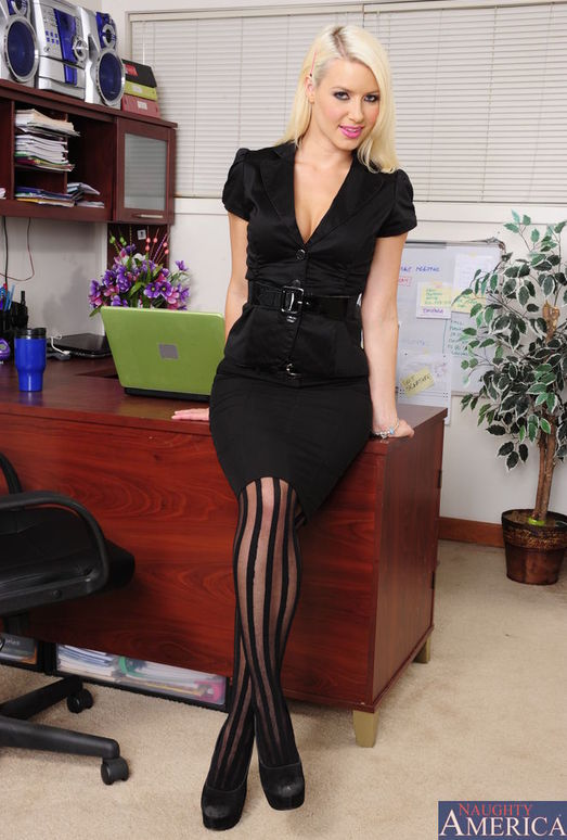 Anikka Albrite - Naughty Office