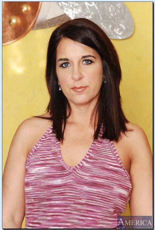 Kasandra Blue - My Friend's Hot Mom