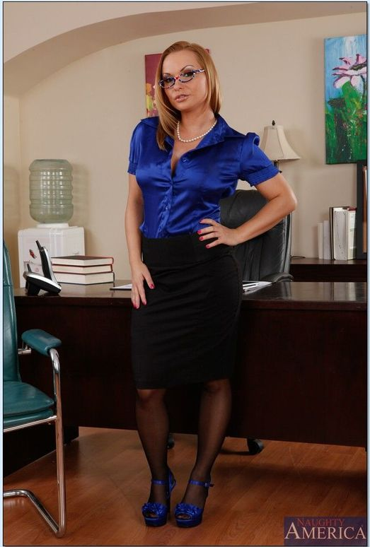 Katja Kassin - Naughty Office