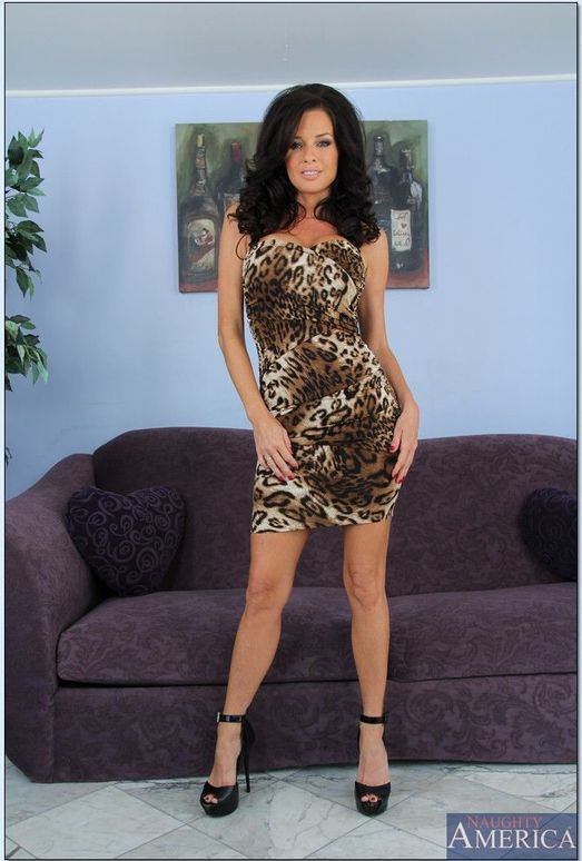 Veronica Avluv - My Friends Hot Girl