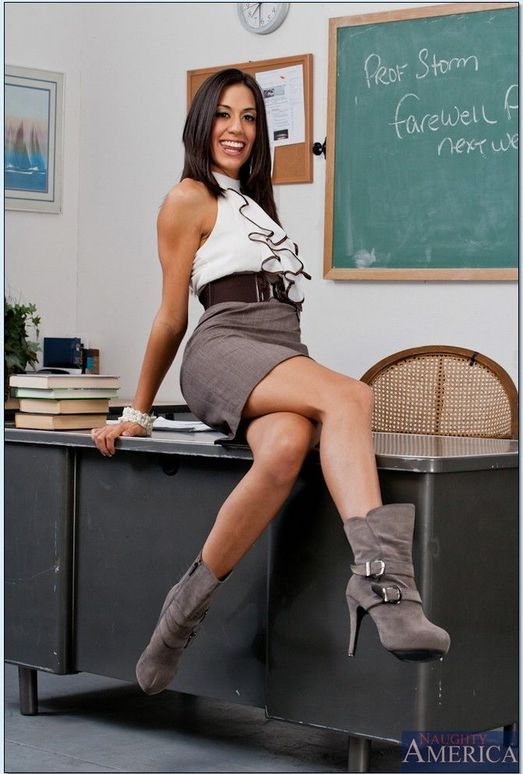 Teacher Fucks Teens - Hot Teacher Fucks Teen Students