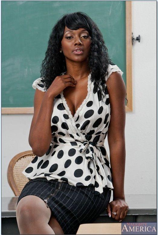 Nyomi Banxxx - My First Sex Teacher